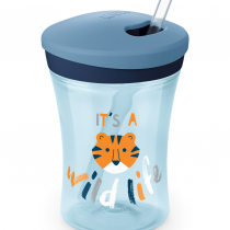 NUK EVOLUTION Action Cup със сламка, 12+ мес. Boy